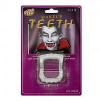 Зубы Вампира светонакопительные на блистере