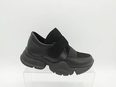 Туфли. Кроссовки. Маленькие размеры ( 33 - 35 ).