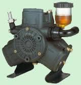 Плунжерный диафрагменный насос AR303