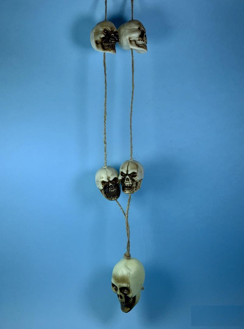 Подвеска с черепами на веревке на Хэллоуин, 65 см