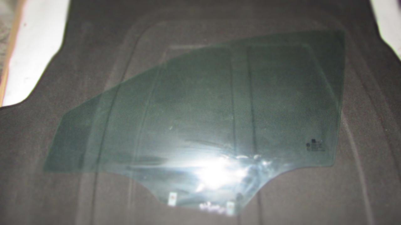 Стекло двери передней левой Chevrolet Epica 96635819