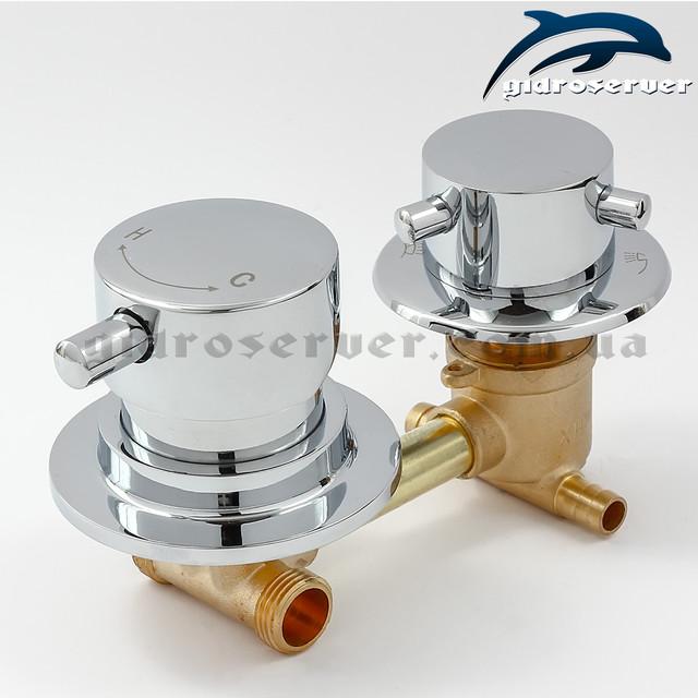Смеситель для душевых кабин, гидробоксов S2-100 на 2 режима работы дивертора-переключателя.