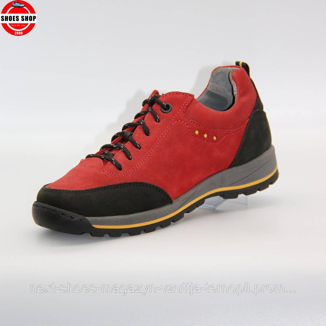 Жіночі кросівки Nagaba (Польща) червоного кольору. Красиві та комфортні. Стиль: Дженіфер Лопес