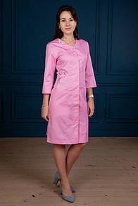 """Жіночий медичний халат """"Колібрі"""" з вишивкою"""