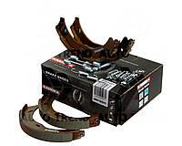 Колодки тормозные Mercedes Viano 03'->;Vito 03'-> барабанные (стояночного тормоза) комплект (KAMOKA). JQ212031