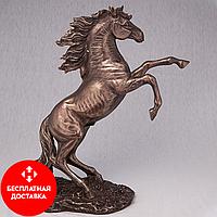 Статуэтка Вздыбившийся конь (27*30 см)