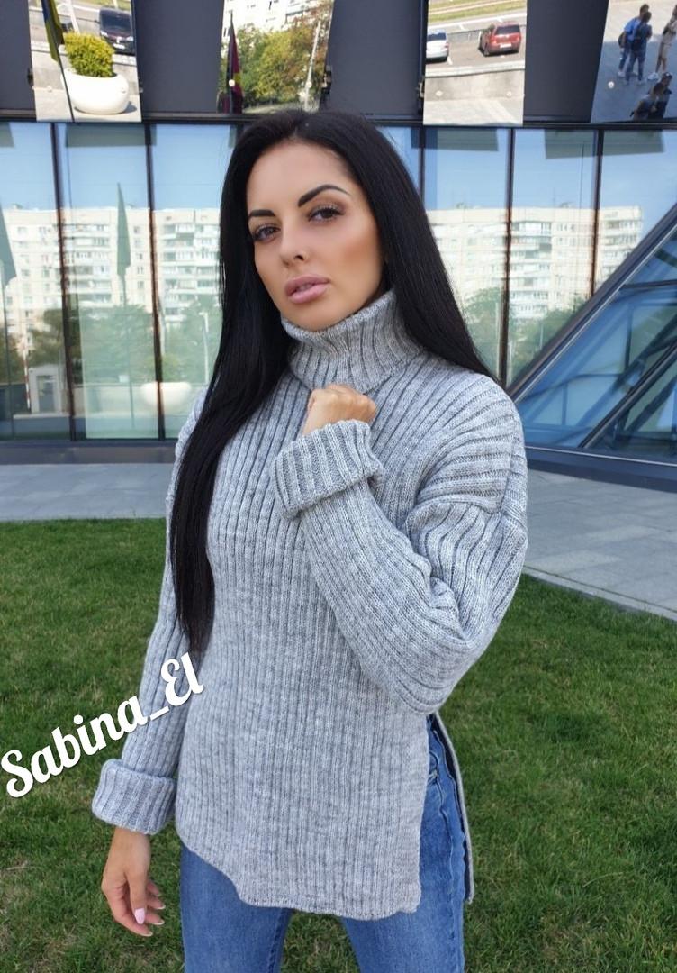 Женский стильный теплый свитер под горло ,  в расцветках