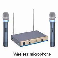 Радиомикрофон UHF 668