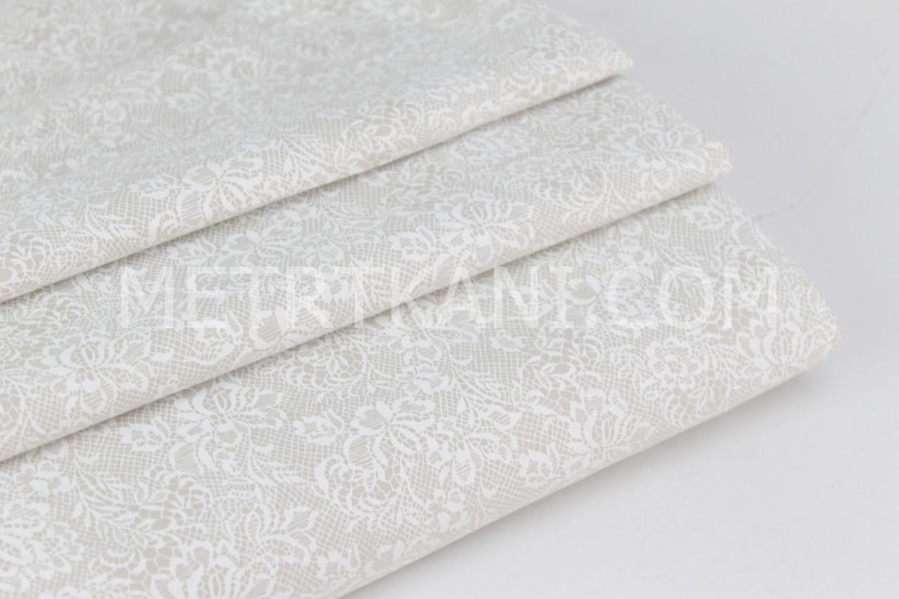 Ткань хлопок премиум класса с кружевом белого цвета на светло-сером фоне №12-09