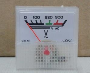 Стрілочний вольтметр змінного струму 220 В