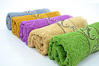 Не дорогие махровые полотенце 50*100