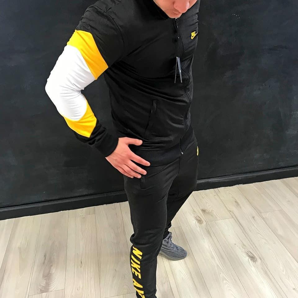 Мужской спортивный костюм Nikeair