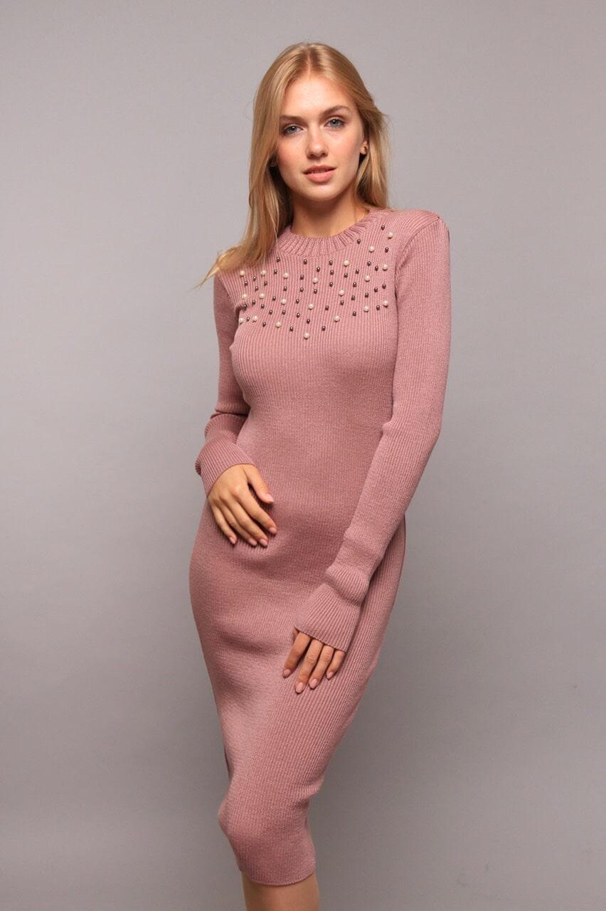 Платье теплое в бусинках
