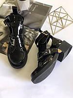 Женские черные лаковые ботинки с застежками в стиле Balenciaga