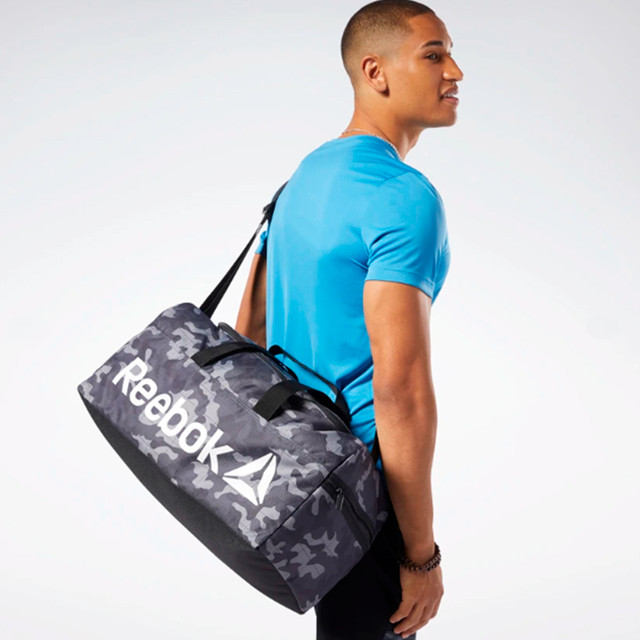 Сумка Reebok Core Graphic Medium Grip Duffel Bag