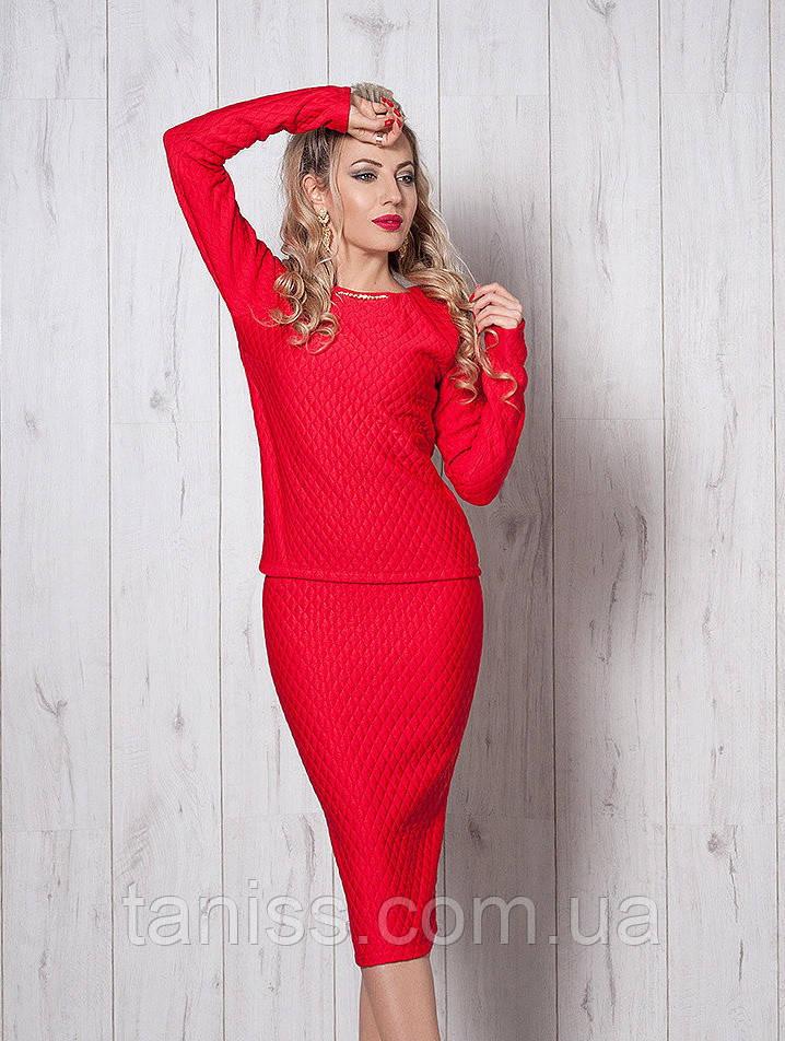 Шикарный нарядный деловой костюм, юбочный, итальянский трикотаж стеганка р.44,46,48 красный (388)
