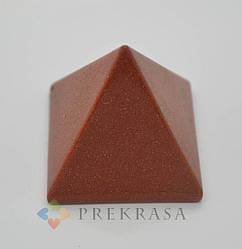 Пирамида из натурального камня, 40х40мм цвет на выбор. (Соколиный глаз)