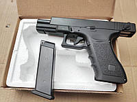 Детский полноразмерный пистолет Glock с предохранителем метало - пластиковый спринговый страйкбольный