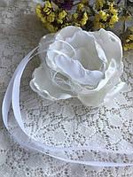 Оригинальная белая атласная роза - подушка для колец новая hand made