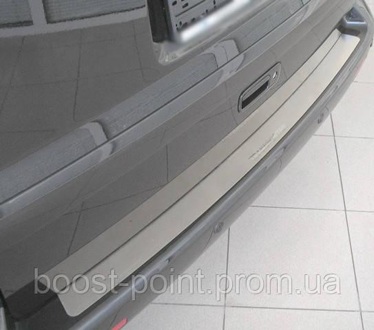 Защитная хром накладка на задний бампер (планка без загиба) volkswagen t-5 multivan (фольксваген т5 03+)