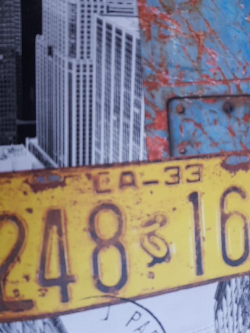 """Флизелиновые обои Decoprint WU20645 What""""s up молодежные детские лофт модерн мегаполис дома знаки решетки"""