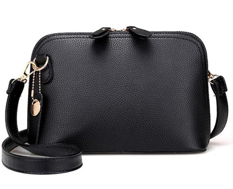 Небольшая женская сумка через плечо. Маленькая сумочка, клатч.