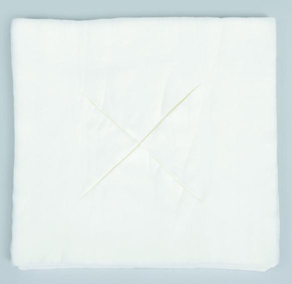 Салфетка для массажного стола с отверстием X Polix PRO&MED  35*35см (50шт\пач) из спанлейса (4823098703204)