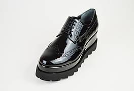 Туфли лакированные на платформе DD 2363