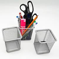 Підставка для ручок квадратна металева, ST00264