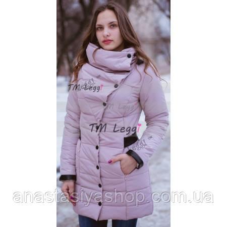 Женское пальто с объемным воротником