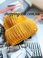 Женская шапка теплая с двойным отворотом желтая
