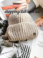 Женская шапка теплая с двойным отворотом темно-бежевая
