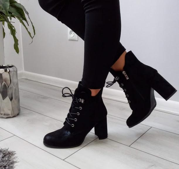 Черевики демісезонні чорні на каблуку