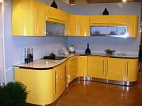 Кухня с фасадами МДФ желтые