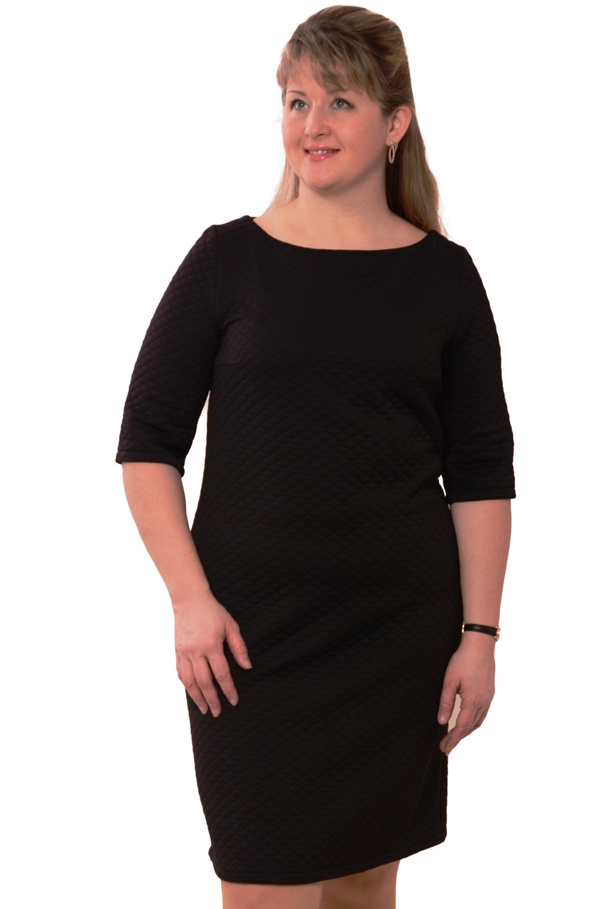 Платье черное трикотажное,стеганое,по колено ,Пл 167