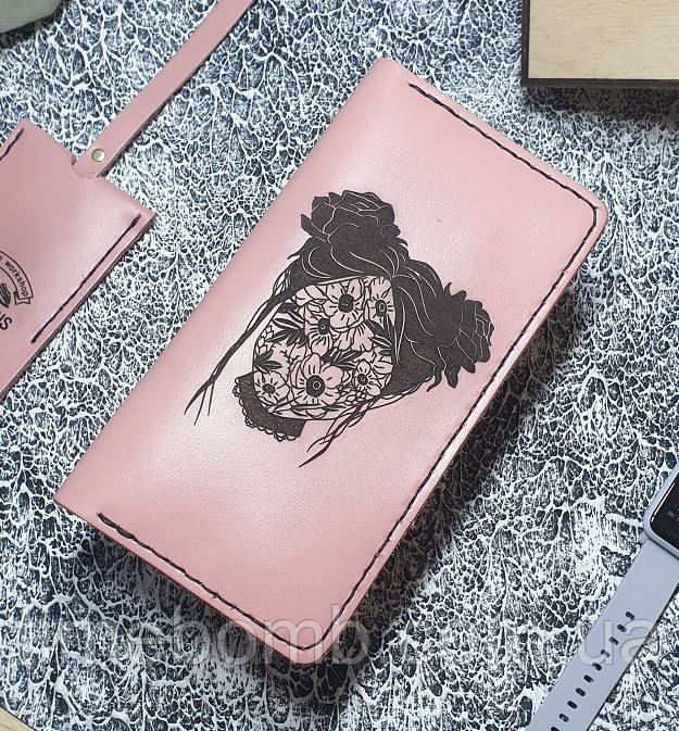 Женский кожаный кошелек Девушка цветет розовый