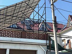 Массив на восточном скате крыши.