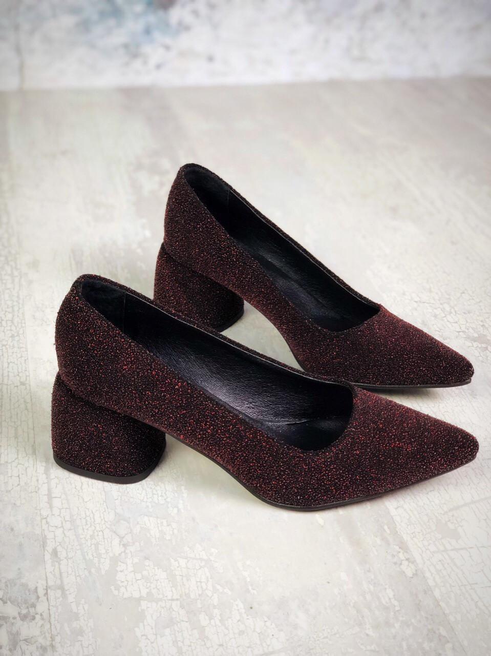 Шикарные замшевые туфли на каблучке 36-40 р бордо блеск