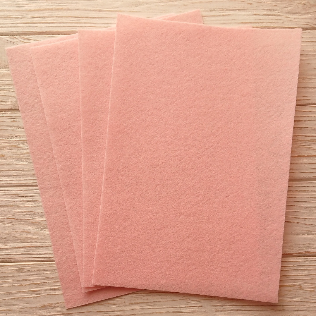 Фетр жесткий 1 мм, Royal Тайвань светло-розовый 20*30 см