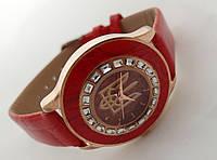 Часы женские с Гербом Украины, красные
