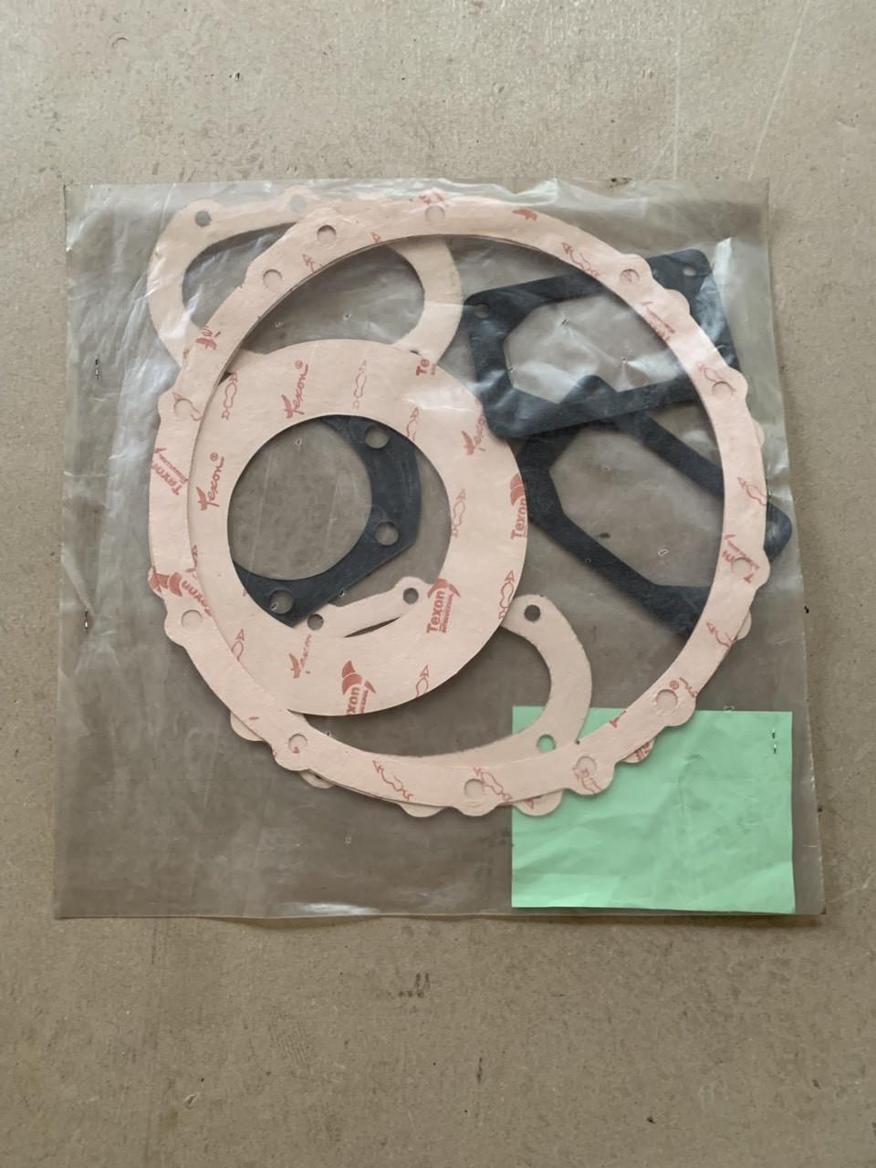 Комплект прокладок для ремонта  переднего ведущего моста ПВМ МТЗ-82-102