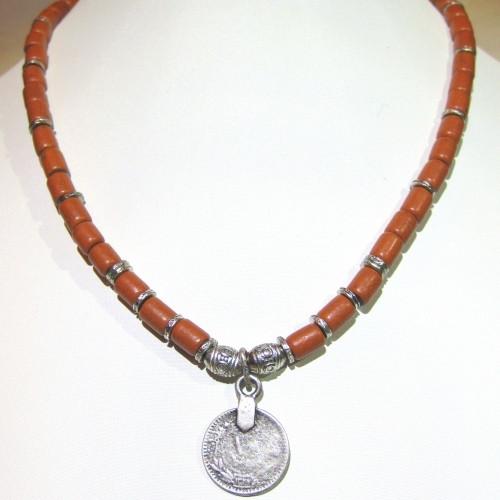Бусы с монетой - керамика