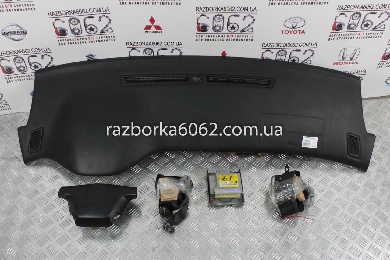 Подушки безопасности комплект 03-06 Mitsubishi Lancer 9 03-09 (Мицубиси Лансер 9)  MN141473
