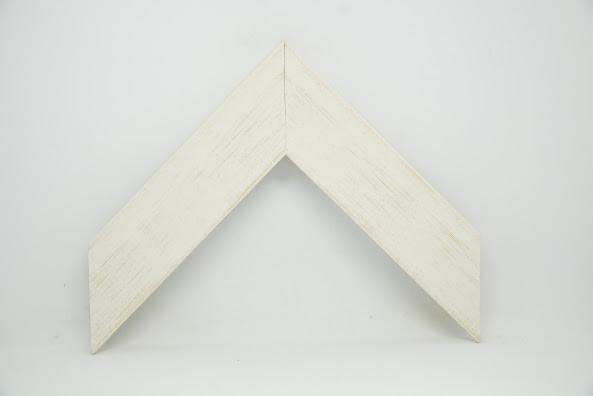 Багет дерев'яний білий з кремовою патиною