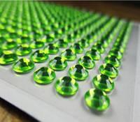 Камни самоклеящиеся (стразы клеевые) 8 мм салатовые 220 шт