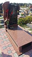 Новий жіночий памятник із червоного граніту