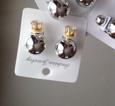 Серьги-пусcеты Dior