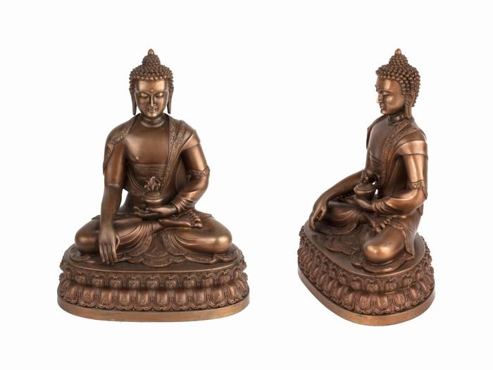 Статуя. Бронза. Будда Шакьямуни. Оксид (16х12x8 см)