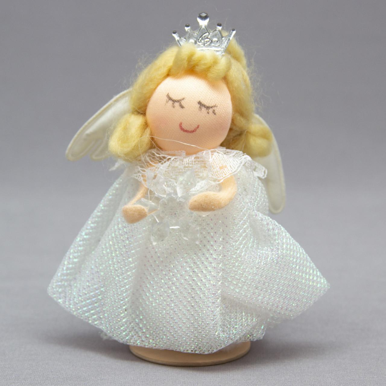 Елочная игрушка - ангелочек со снежинкой в руках, 10 см (220310-1)