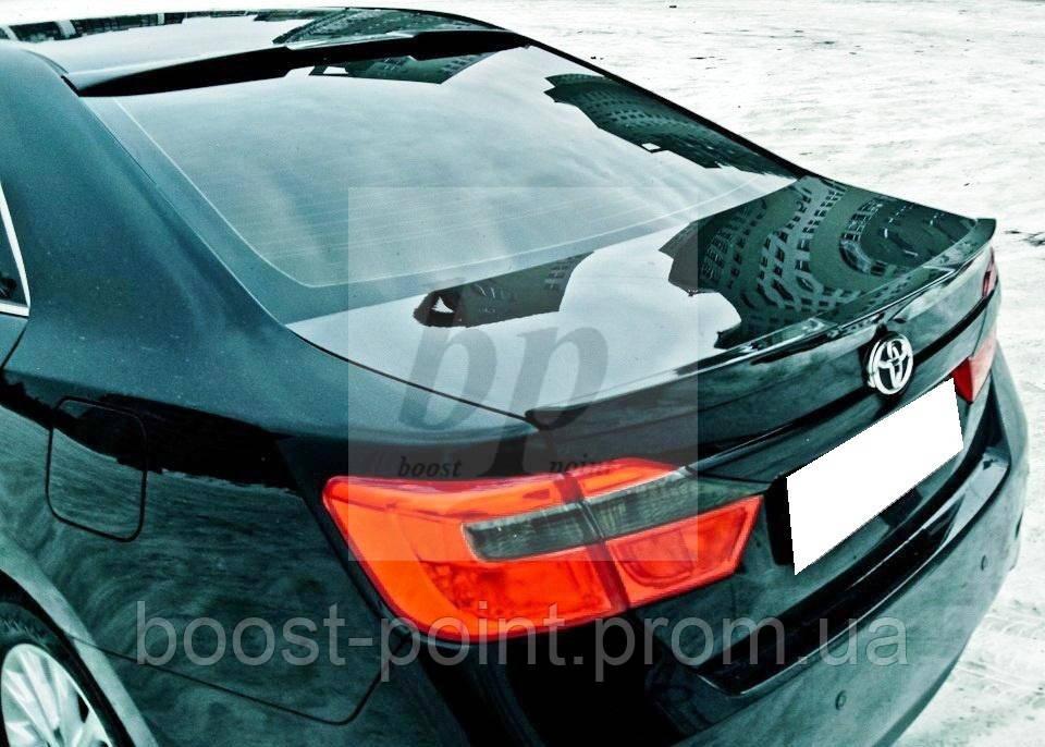 Козырек на заднее стекло (бленда) с вырезом агрессия Toyota Camry xv55 (Тойота Камри 55 кузов 2014г+) - boost-point (bp): Интернет-магазин тюнинга и авто-аксессуаров для автомобилей в Харькове в Харькове